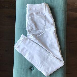 LOFT Jeans - WORN ONCE! White curvy/skinny jeans
